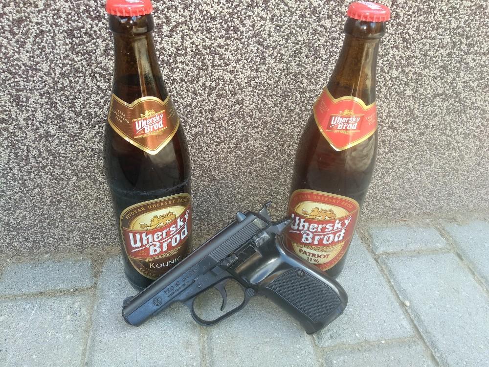 Ennél nem tudsz megfelelőbb sört pisztoly mellé tenni!