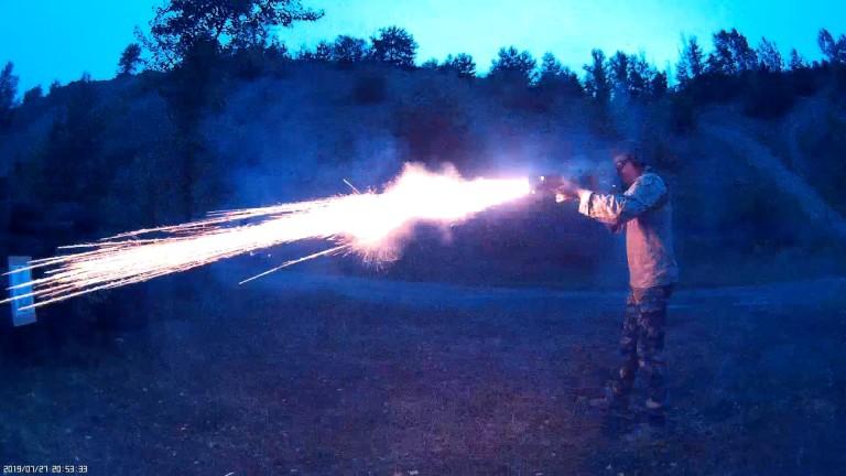 TŰZ, JÖJJ VELEM!  Avagy Onesta-Revolverpuska feketelőporos riasztóval, szürkületben