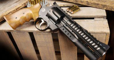 Korth Nigthawk NXR .44 Magnum