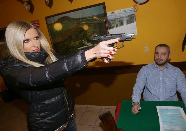 6643325-vraskov-strelnice-zbrojni-prukaz-zkousky-pro-ziskani-zbrojniho-prukazu_denik-630